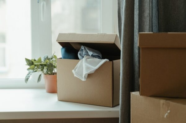 open box with material out